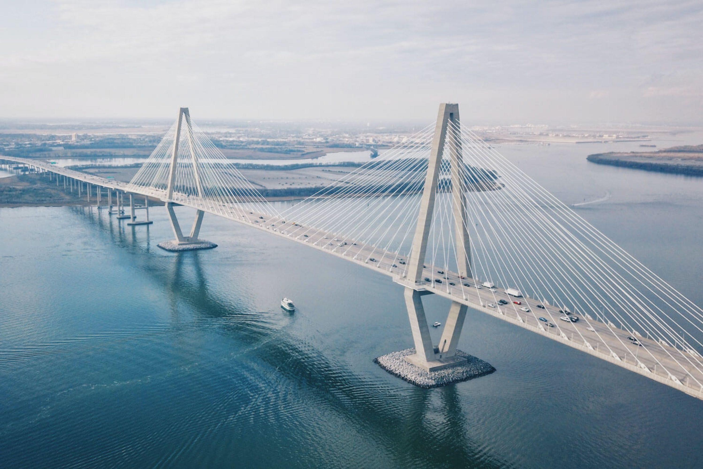 wiwi-rub-bilder_slider_startseite-bridging.jpg